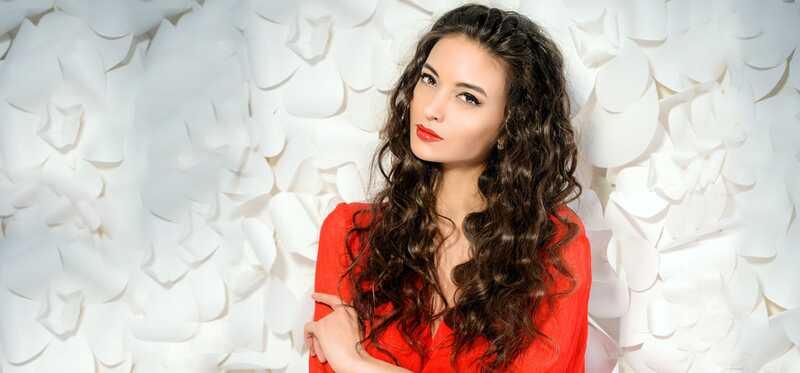 9 úžasných nápadov make-up Môžete skúsiť svoje červené šaty