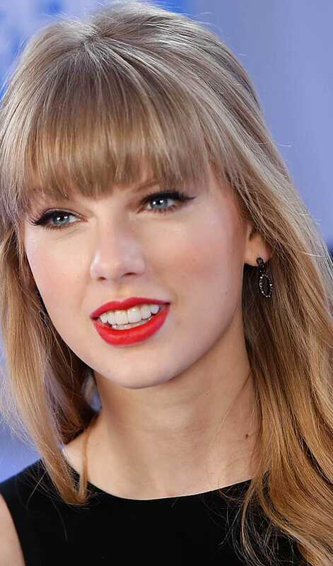 Top 10 účesov Taylor Swift vás inšpirujú