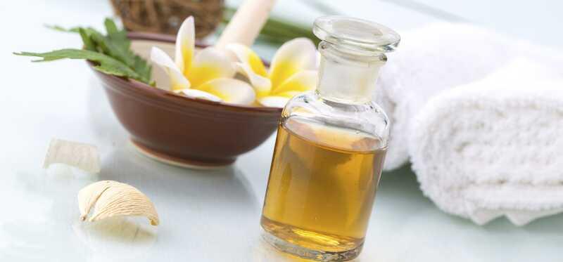 To je dôvod, prečo by ste mali vyskúšať veľkolepý olej Monoi