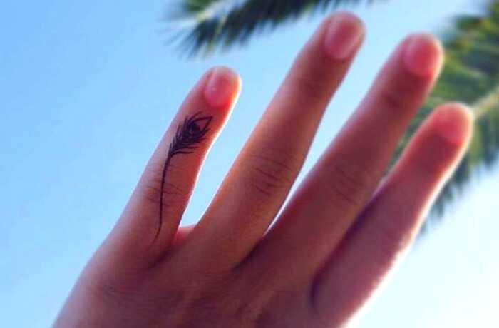 31 Tiny prsty tetovanie, že Scream veľkých vecí