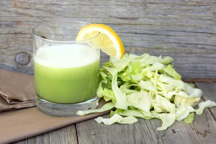 10 melhores benefícios do suco de repolho para pele, cabelo e saúde