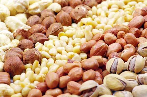 Top 10 zdravotné prínosy orechov