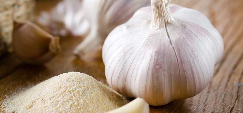 10 increïbles beneficis per a la salut de la sal d'all