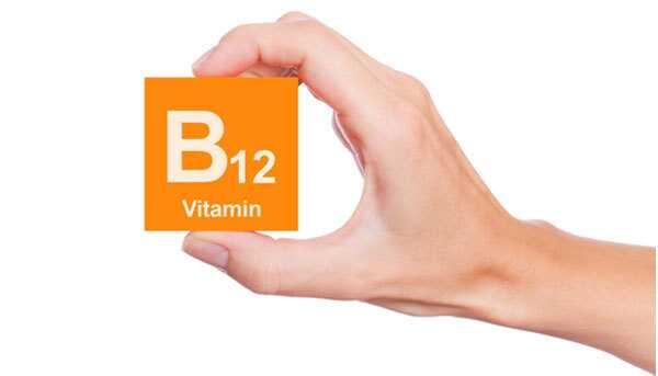 Nedostatok vitamínu B12 - Príčiny, príznaky a liečba