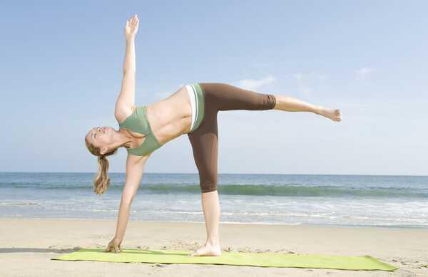 Kas ir Anusara joga un kādas ir tās priekšrocības?