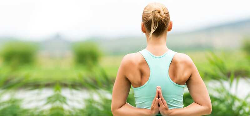 Kas yra atvirkštinė maldos joga ir kokios jos naudos?
