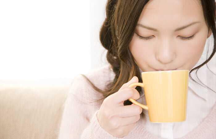 5 dôvodov, prečo by ste mali začať piť teplú vodu práve teraz