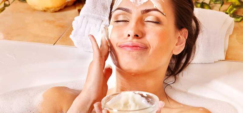 5 nuostabios aromaterapijos veido priežiūros pranašumai