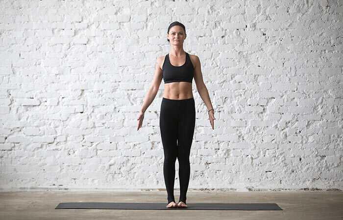 Top 7 jogy Asanas pre seniorov