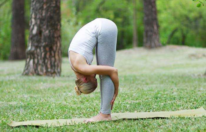7 Benforstærkning Yoga Poser, der vil hjælpe med at kurere osteoporose