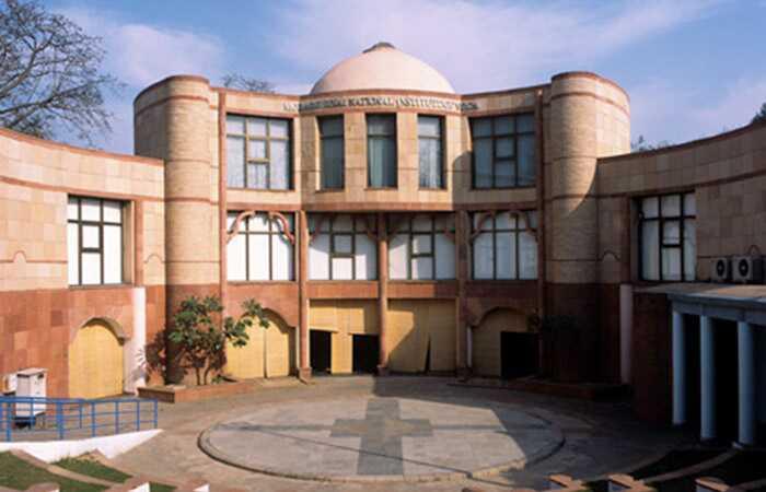 Top 8 kurzov jogy v Dillí