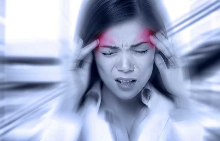 Trattamenti ayurvedici e rimedi a casa per trattare l'emicrania