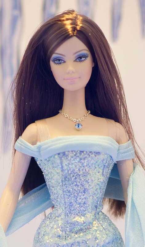 Top 10 Barbie frizūras, ko Tu vari izmēģināt