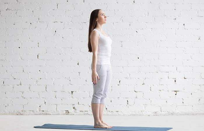 12 základných Asanas, ktoré vám pomôžu ľahko vstúpiť do režimu jogy