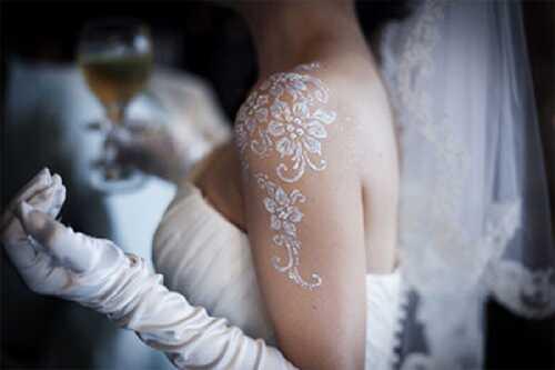 Top 10 smukke hvide Henna designs til dig