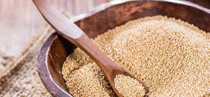 15 úžasných prínosov Amaranth (Chaulai) pre pokožku, vlasy a zdravie