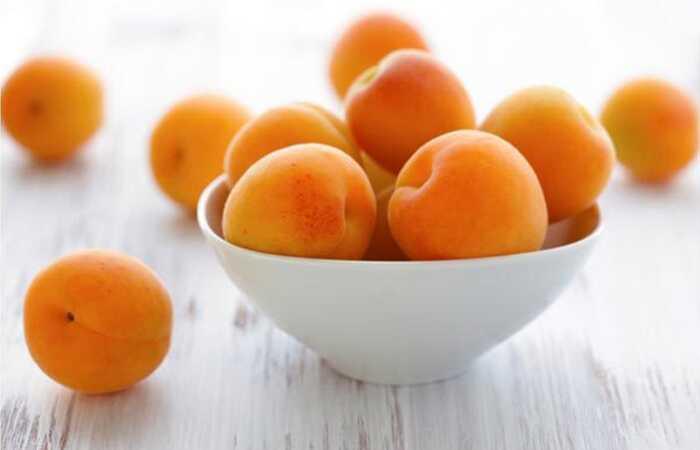 29 úžasné výhody meruňiek (Khubani) pre kožu, vlasy a zdravie