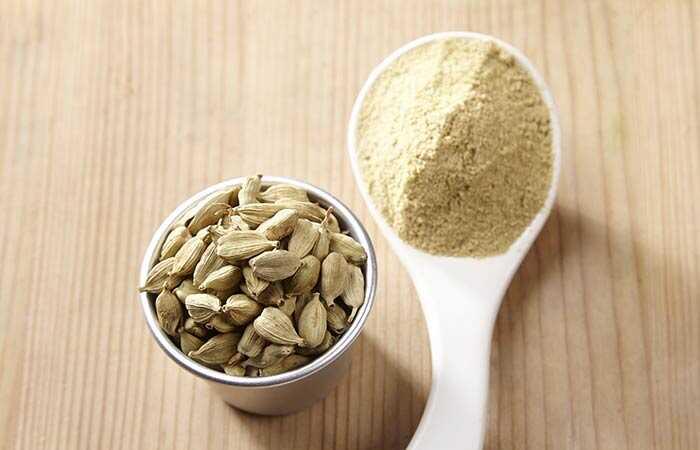 14 úžasných prínosov čaju Cardamom pre pokožku, vlasy a zdravie