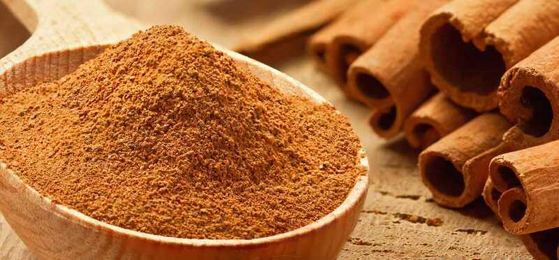 7 najlepších výhod Cinnamon Powder pre pokožku, vlasy a zdravie