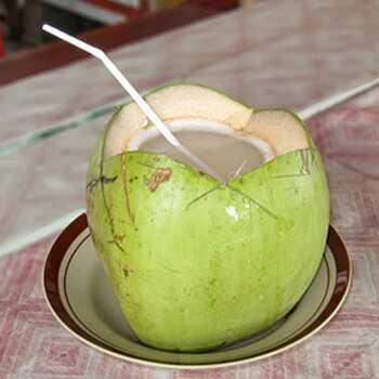 15 Významné prínosy kokosového mlieka (Nariyal Ka Doodh) pre pokožku a zdravie