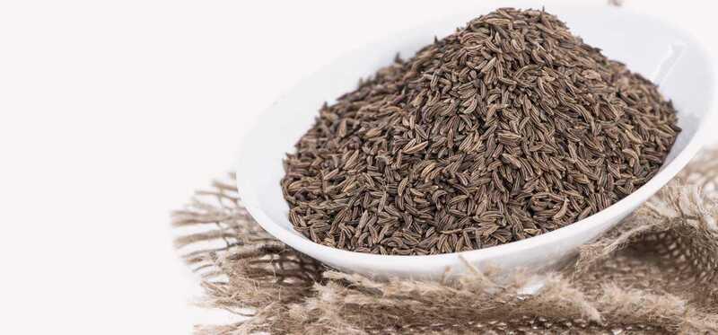 15 najlepších výhod Cuminovej vody (Jaljeera) pre pokožku, vlasy a zdravie