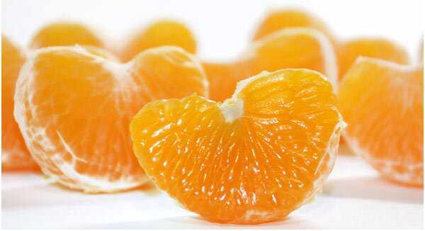 14 fantastiske fordele ved Mandarin Appelsiner til hud, hår og sundhed