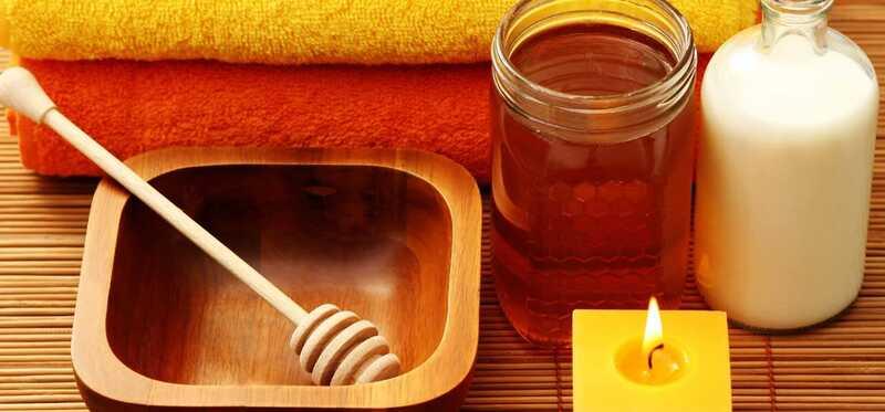 5 geweldige voordelen van melk- en honingreiniger - masker