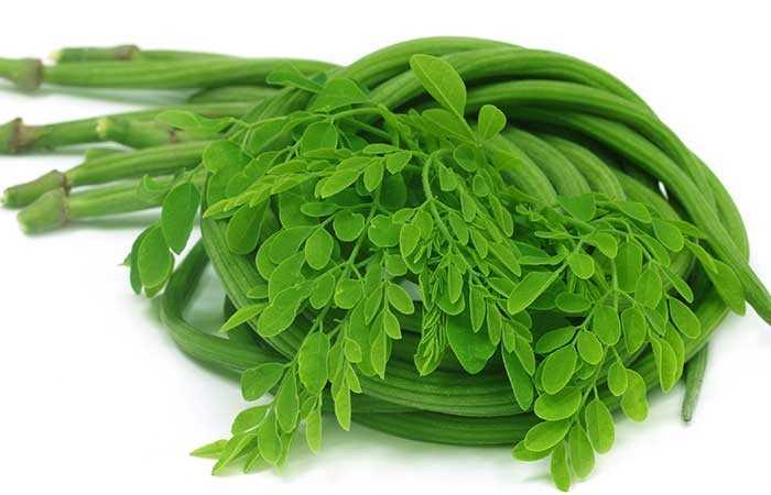 12 najboljih pogodnosti Moringa listova za kožu, kosu i zdravlje