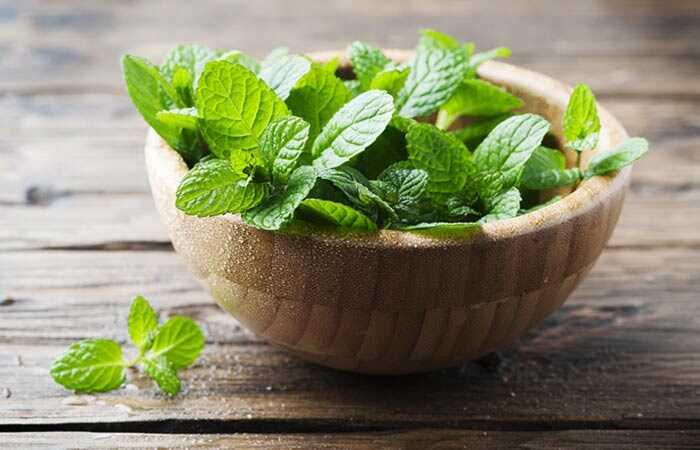23 úžasných prínosov Peppermint Listy pre pokožku, vlasy a zdravie