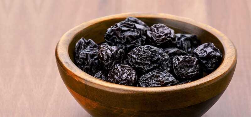 15 najlepších výhod Prune (Sukhe Aloo Bukhara) Šťava pre pokožku, vlasy a zdravie