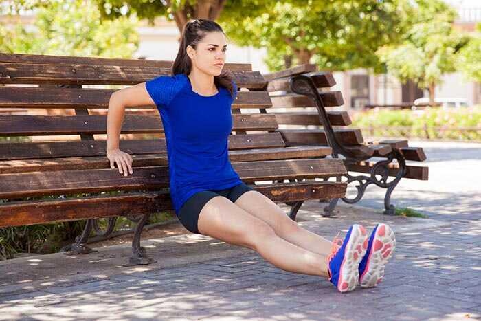 10 mejores ejercicios en casa para deshacerse de los brazos Flabby